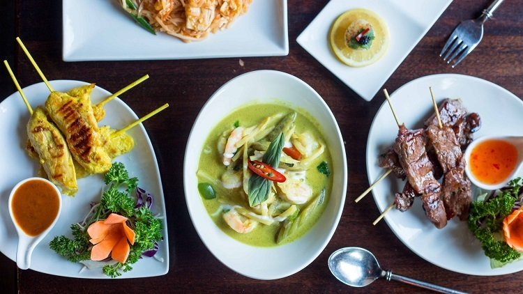 The Search for the Ultimate Thai Green Curry